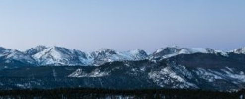Behind the shot: Full moon over RMNP panoramic